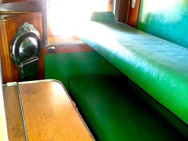 Willow-Express-the-train-bedroom