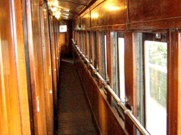 Willow-Express-the-train-passage